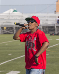 Former Shark Keetz da Kingstress performs